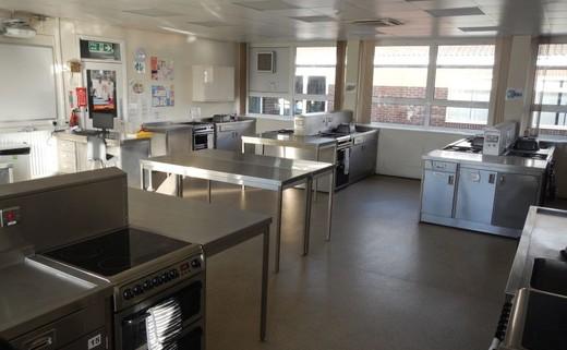 Regular_teaching_kitchens