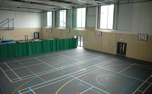 Regular_sports_hall_02