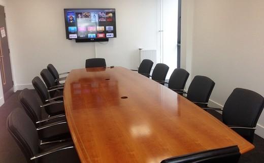 Regular_board_room.ps