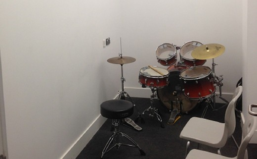 Regular_small_music_practice_room
