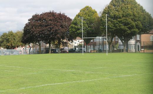 Regular_aylward_grass_rugby_pitch_1040x642