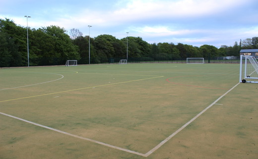 Regular_parklands_floodlit_astroturf_th