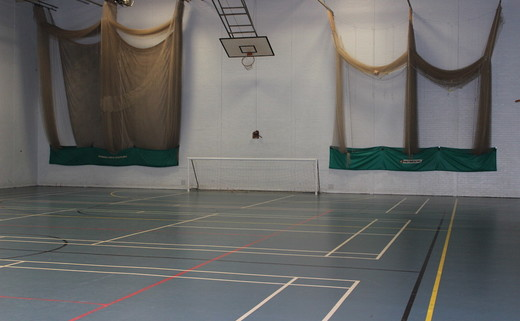 Regular_thornaby_sports_hall_1_th