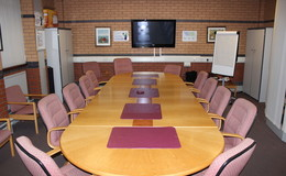Thumb_standish_boardroom_3