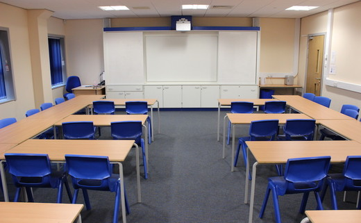 Regular_amersham_classroom_th