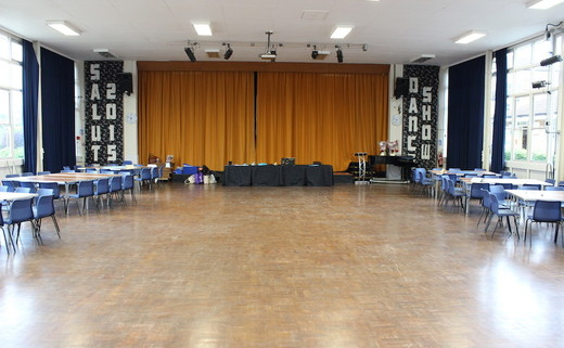 Regular_amersham_school_hall_th