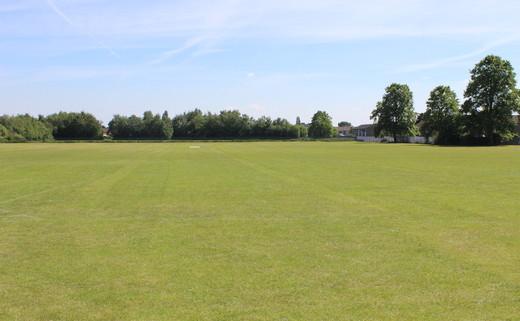 Regular_sale_high_-_outdoor_pitch