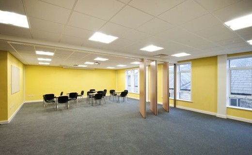Regular_crossley_heath_multi_purpose_room