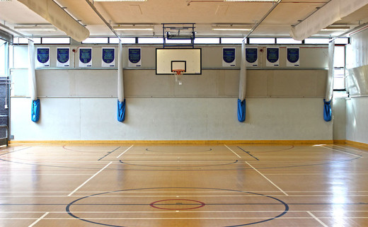 Regular_haggerston_sports_hall_th
