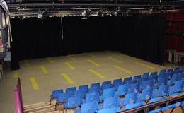 Thumb_fearns_arts_theatre_4