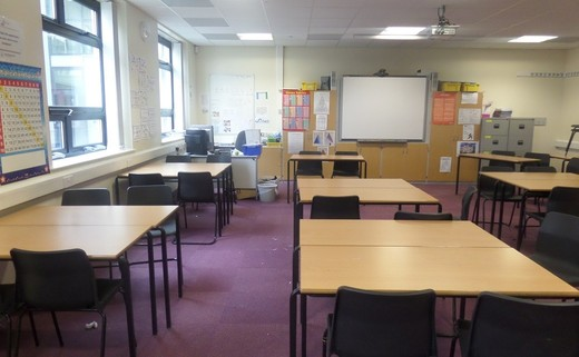 Regular_standard_classroom