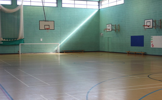 Regular_albion_-_sports_hall_2_th
