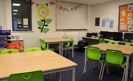 Thumb_the_albion_37_classroom_th