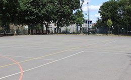 Thumb_haggerston_netball_courts_th