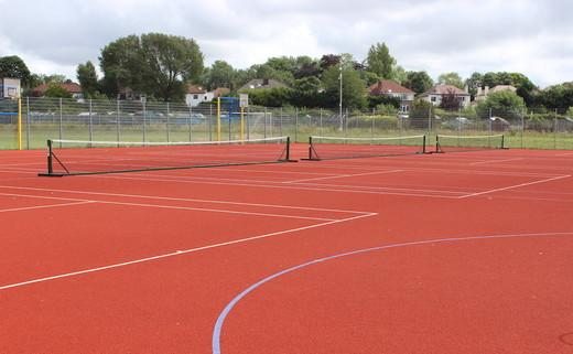 Regular_king_david_-_tennis_outdoor_muga_2_th