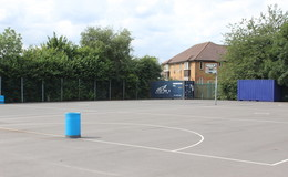 Thumb_aston_manor_muga