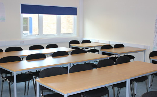 Regular_aston_manor_classroom