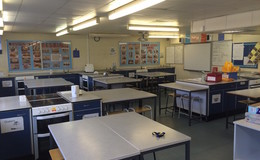 Thumb_aston_manor_12_specialist_classroom_th