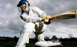 Thumb_1200x900px-cricket-hitting-ball
