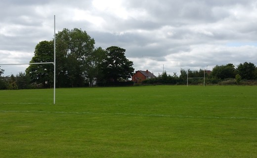 Regular_rugby_pitch