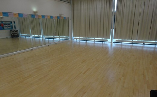 Regular_dancestudio