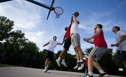 Thumb_outdoor_basketball