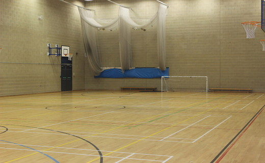 Regular_barnsley_-_sports_hall_th
