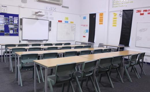 Regular__cardlang_classroom_05_th
