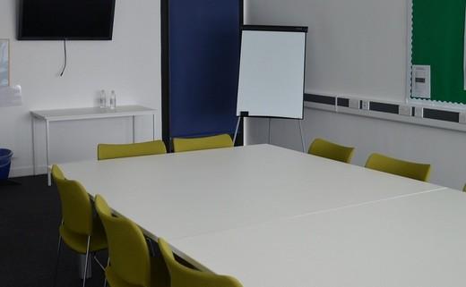 Regular_conference_room_2_-_cat