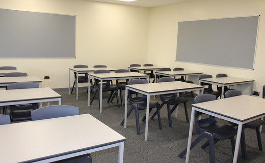 Regular_stpetersw_classroom_5_th
