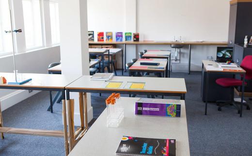 Regular_classroom_6