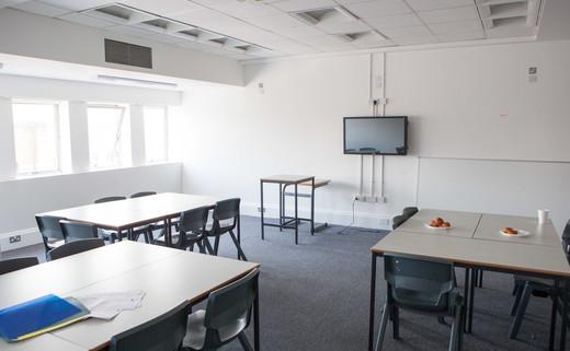 Regular_classroom_3