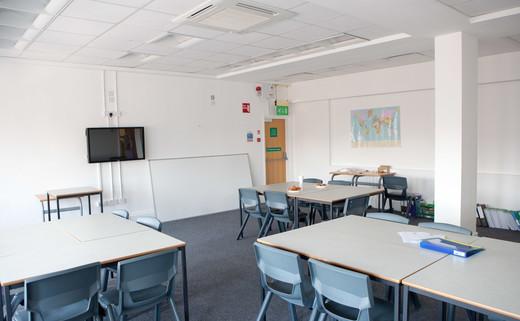 Regular_classroom_4