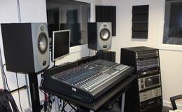Thumb_delasalle_recording_23_th
