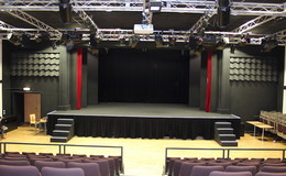 Thumb_heworth_theatre2_th