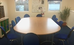 Thumb_staff_room_meeting_b