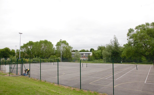 Regular_penketh_tennis_courts