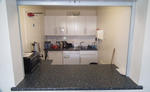 Regular_kitchen