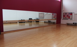 Thumb_oasis_media_-_dance_studio_th