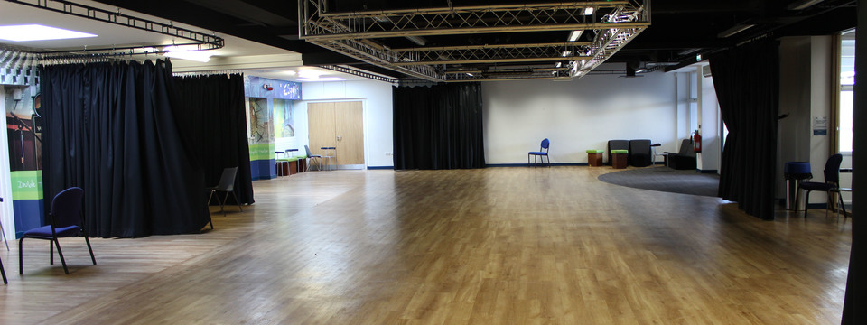 Regular_penwortham_-_auditorium_sl