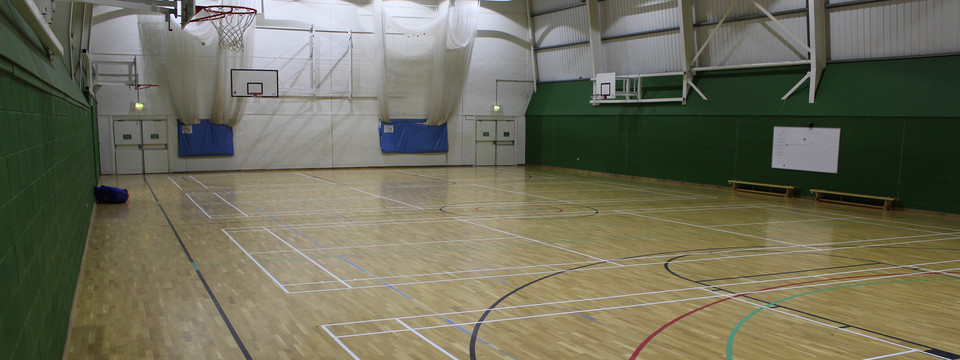 Regular_upper_wharfdale_-sports_hall