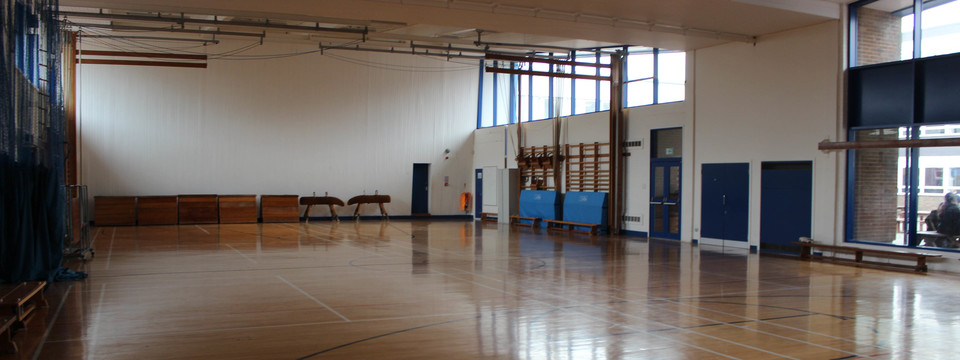 Regular_our_lady_-_gymnasium_2