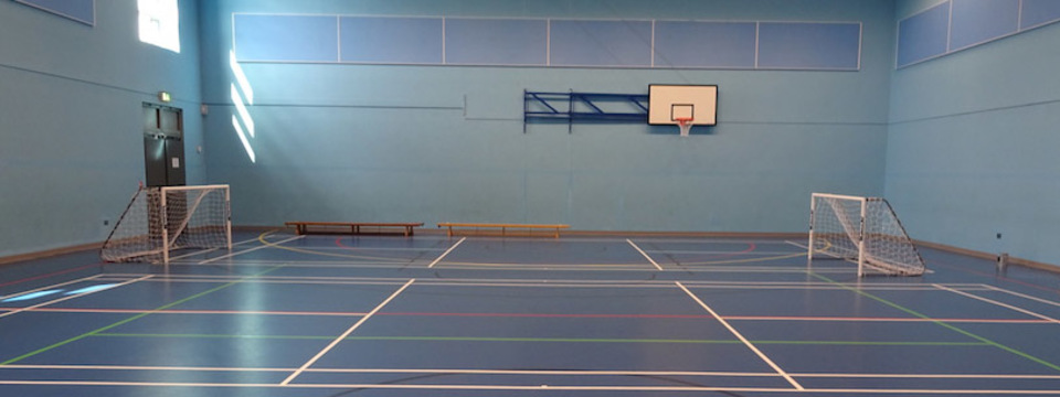 Regular_hetton_-_sports_hall_2_sl
