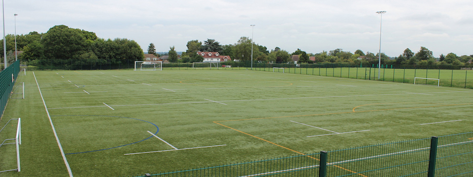 Regular_ravenswood_-_3g_pitch_1_sl