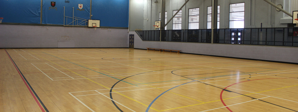 Regular_pensby_sports_hall__-_2_sl
