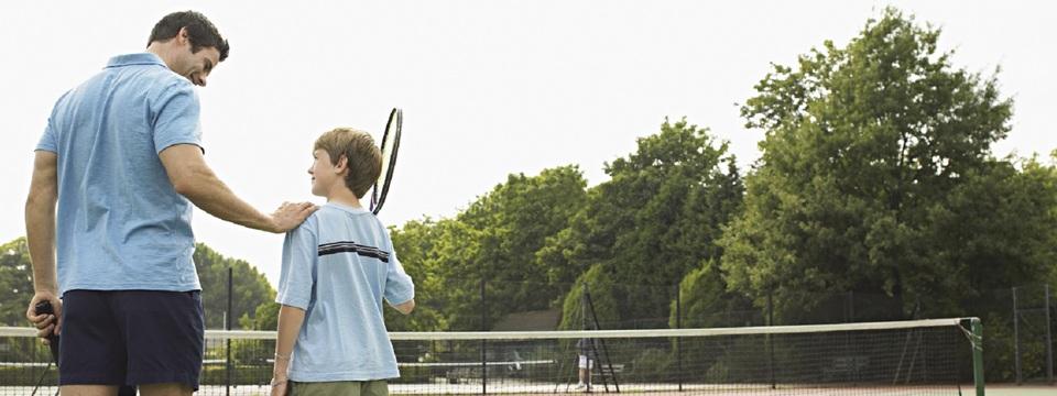Regular_tennis_family_banner