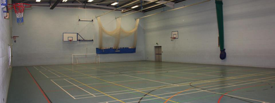 Regular_sports_hall_slide_res