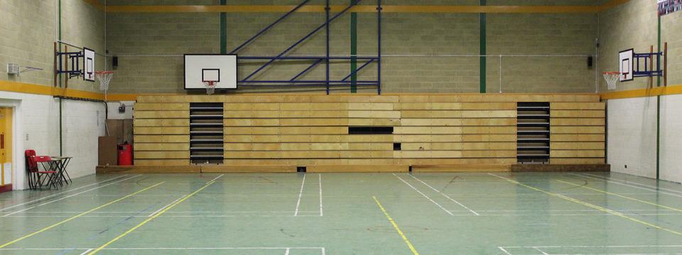 Regular_parkside_large_sports_hall_slide
