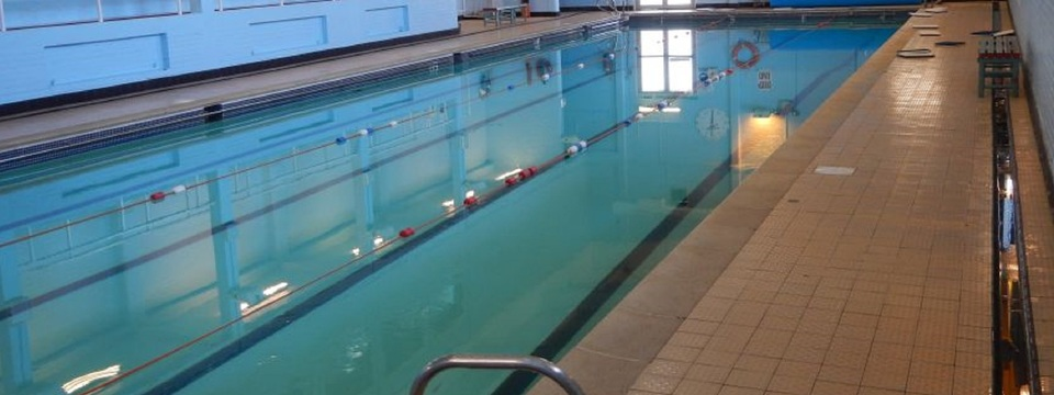 Regular_swimming_pool_banner