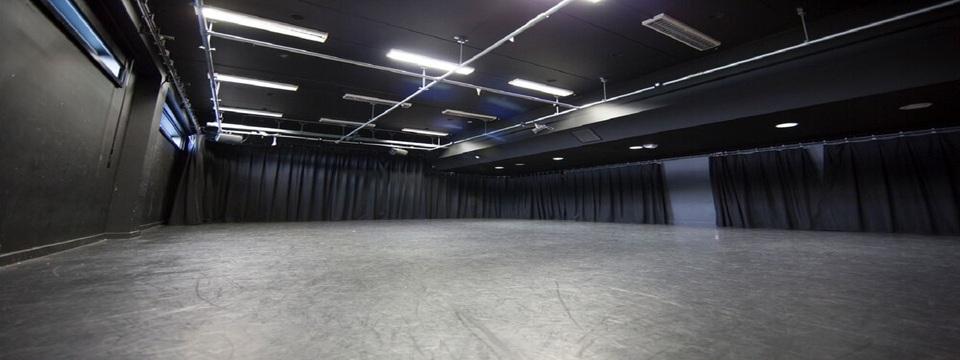 Regular_drama-studio